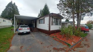 Photo 1: 79 1840 160 STREET in Surrey: King George Corridor Manufactured Home for sale (South Surrey White Rock)  : MLS®# R2119476