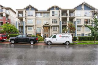 Photo 1: 204 275 Ross Drive in New Westminster: Fraserview Condo for sale : MLS®# R2109644