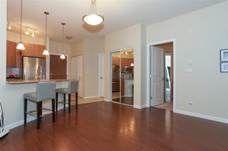 Photo 3: 204 275 Ross Drive in New Westminster: Fraserview Condo for sale : MLS®# R2109644