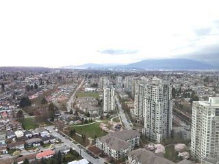 Photo 1: 3601 5665 BOUNDARY ROAD in Vancouver: Collingwood VE Condo for sale (Vancouver East)  : MLS®# R2253723