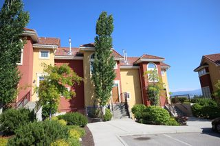 Photo 2: 120 1795 Country Club Drive Quail Ridge Kelowna