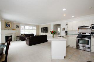 Photo 1: 311 1153 Vidal Street: White Rock Condo for sale (South Surrey White Rock)