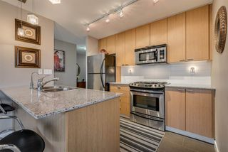 "Main Photo: 603 39 SIXTH Street in New Westminster: Downtown NW Condo for sale in ""Quanatum"" : MLS®# R2390456"