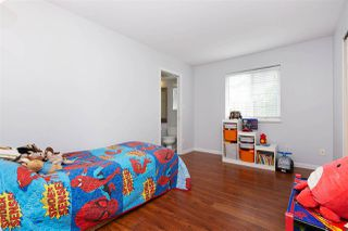 """Photo 16: 6 5501 LADNER TRUNK Road in Delta: Hawthorne Townhouse for sale in """"Sycamore Court"""" (Ladner)  : MLS®# R2402042"""