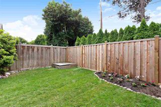 """Photo 3: 6 5501 LADNER TRUNK Road in Delta: Hawthorne Townhouse for sale in """"Sycamore Court"""" (Ladner)  : MLS®# R2402042"""