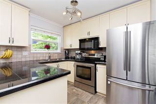 """Photo 7: 6 5501 LADNER TRUNK Road in Delta: Hawthorne Townhouse for sale in """"Sycamore Court"""" (Ladner)  : MLS®# R2402042"""