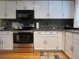 Photo 8: 6403 15 Avenue in Edmonton: Zone 29 House for sale : MLS®# E4173088