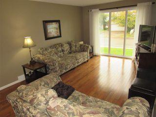 Photo 2: 6403 15 Avenue in Edmonton: Zone 29 House for sale : MLS®# E4173088