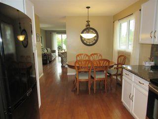 Photo 5: 6403 15 Avenue in Edmonton: Zone 29 House for sale : MLS®# E4173088