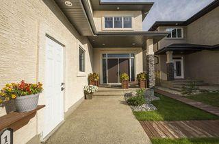 Photo 3: 1326 ADAMSON Drive SW in Edmonton: Zone 55 House for sale : MLS®# E4175430