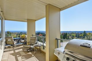 """Photo 15: 502 19228 64 Avenue in Surrey: Clayton Condo for sale in """"FOCAL POINT"""" (Cloverdale)  : MLS®# R2412836"""