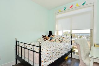 """Photo 11: 502 19228 64 Avenue in Surrey: Clayton Condo for sale in """"FOCAL POINT"""" (Cloverdale)  : MLS®# R2412836"""