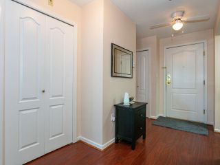 """Photo 14: 207 17730 58A Avenue in Surrey: Cloverdale BC Condo for sale in """"Derby Downs"""" (Cloverdale)  : MLS®# R2441081"""