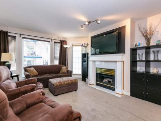 """Photo 2: 207 17730 58A Avenue in Surrey: Cloverdale BC Condo for sale in """"Derby Downs"""" (Cloverdale)  : MLS®# R2441081"""