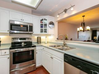 """Photo 7: 207 17730 58A Avenue in Surrey: Cloverdale BC Condo for sale in """"Derby Downs"""" (Cloverdale)  : MLS®# R2441081"""