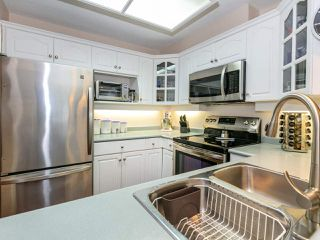 """Photo 8: 207 17730 58A Avenue in Surrey: Cloverdale BC Condo for sale in """"Derby Downs"""" (Cloverdale)  : MLS®# R2441081"""