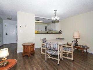 "Photo 7: 406 1442 FOSTER Street: White Rock Condo for sale in ""WHITE ROCK SQUARE II"" (South Surrey White Rock)  : MLS®# R2448884"