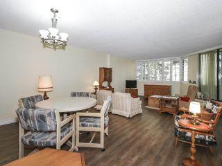 "Photo 3: 406 1442 FOSTER Street: White Rock Condo for sale in ""WHITE ROCK SQUARE II"" (South Surrey White Rock)  : MLS®# R2448884"