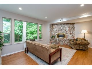 """Photo 9: 4067 199A Street in Langley: Brookswood Langley House for sale in """"BROOKSWOOD"""" : MLS®# R2461084"""