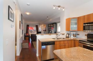 """Photo 7: 137 2000 PANORAMA Drive in Port Moody: Heritage Woods PM Townhouse for sale in """"MOUNTAINS EDGE"""" : MLS®# R2468201"""