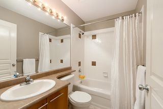"""Photo 18: 137 2000 PANORAMA Drive in Port Moody: Heritage Woods PM Townhouse for sale in """"MOUNTAINS EDGE"""" : MLS®# R2468201"""