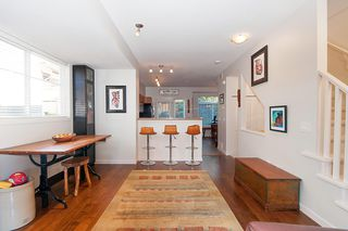 """Photo 5: 137 2000 PANORAMA Drive in Port Moody: Heritage Woods PM Townhouse for sale in """"MOUNTAINS EDGE"""" : MLS®# R2468201"""