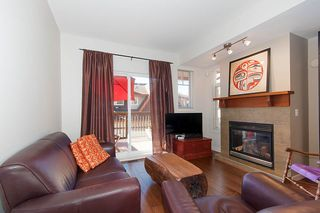 """Photo 3: 137 2000 PANORAMA Drive in Port Moody: Heritage Woods PM Townhouse for sale in """"MOUNTAINS EDGE"""" : MLS®# R2468201"""