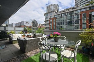 """Photo 10: 202 633 ABBOTT Street in Vancouver: Downtown VW Condo for sale in """"Espana"""" (Vancouver West)  : MLS®# R2483483"""