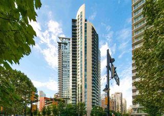 "Photo 3: 2109 501 PACIFIC Street in Vancouver: Downtown VW Condo for sale in ""THE 501"" (Vancouver West)  : MLS®# R2492632"