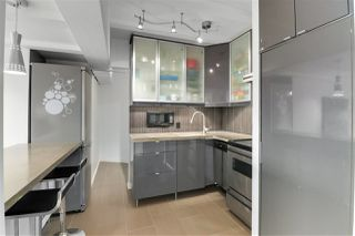 """Photo 7: 202 341 MAHON Avenue in North Vancouver: Lower Lonsdale Condo for sale in """"Wendrell Court"""" : MLS®# R2499031"""