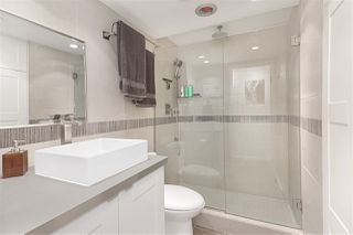 """Photo 11: 202 341 MAHON Avenue in North Vancouver: Lower Lonsdale Condo for sale in """"Wendrell Court"""" : MLS®# R2499031"""
