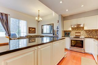 """Photo 11: 38 21960 RIVER Road in Maple Ridge: West Central Townhouse for sale in """"FOXBOROUGH HILLS"""" : MLS®# R2519895"""