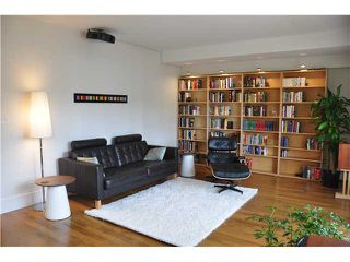 "Photo 2: 6 5565 OAK Street in Vancouver: Shaughnessy Condo for sale in ""SHAWNOAKS"" (Vancouver West)  : MLS®# V946149"