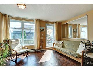 "Photo 3: 101 4868 FRASER Street in Vancouver: Fraser VE Condo for sale in ""FRASERVIEW TERRACE"" (Vancouver East)  : MLS®# V966451"