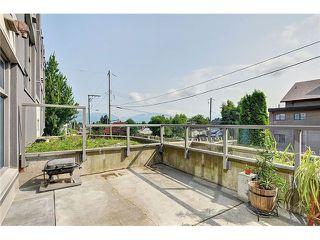 "Photo 8: 101 4868 FRASER Street in Vancouver: Fraser VE Condo for sale in ""FRASERVIEW TERRACE"" (Vancouver East)  : MLS®# V966451"