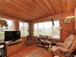 Photo 9: 1726 Mortimer St in VICTORIA: SE Cedar Hill House for sale (Saanich East)  : MLS®# 637109