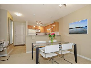 Photo 5: 217 333 1ST Street in North Vancouver: Lower Lonsdale Condo for sale : MLS®# V1025475