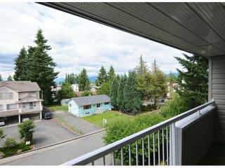 "Photo 12: 308 32040 TIMS Avenue in Abbotsford: Abbotsford West Condo for sale in ""MAPLEWOOD MANOR"" : MLS®# F1416479"