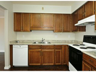 "Photo 4: 308 32040 TIMS Avenue in Abbotsford: Abbotsford West Condo for sale in ""MAPLEWOOD MANOR"" : MLS®# F1416479"