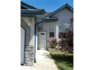 Photo 2: 124 BOW RIDGE Court: Cochrane Residential Detached Single Family for sale : MLS®# C3628398