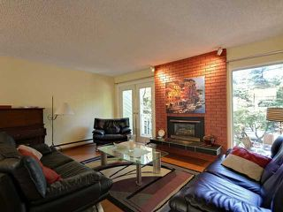 Photo 2: 753 W QUEENS RD in North Vancouver: Delbrook Townhouse for sale : MLS®# V1098694