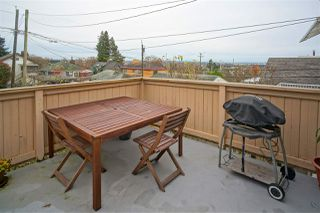 Photo 15: 3630 OXFORD STREET in Vancouver: Hastings East House for sale (Vancouver East)  : MLS®# R2137859