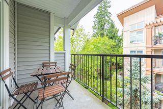 """Photo 13: 50 13239 OLD YALE Road in Surrey: Whalley Townhouse for sale in """"FUSE"""" (North Surrey)  : MLS®# R2455881"""