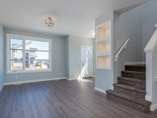 Photo 8: 29 SKYVIEW Parade NE in Calgary: Skyview Ranch Row/Townhouse for sale : MLS®# C4296507