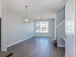 Photo 9: 29 SKYVIEW Parade NE in Calgary: Skyview Ranch Row/Townhouse for sale : MLS®# C4296507