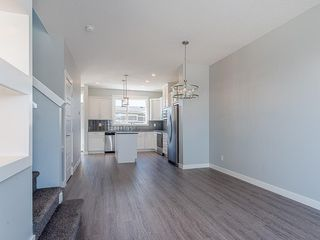 Photo 7: 29 SKYVIEW Parade NE in Calgary: Skyview Ranch Row/Townhouse for sale : MLS®# C4296507