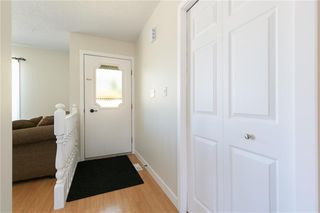 Photo 4: 27 Beaver Place: Beiseker Detached for sale : MLS®# C4306269