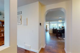 Photo 5: 1163 HYNDMAN Road in Edmonton: Zone 35 House for sale : MLS®# E4208244