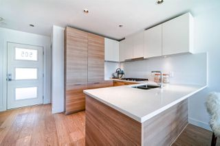 "Photo 12: 505 3456 COMMERCIAL Street in Vancouver: Victoria VE Condo for sale in ""Mercer"" (Vancouver East)  : MLS®# R2496302"