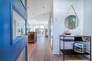"Photo 3: 505 3456 COMMERCIAL Street in Vancouver: Victoria VE Condo for sale in ""Mercer"" (Vancouver East)  : MLS®# R2496302"